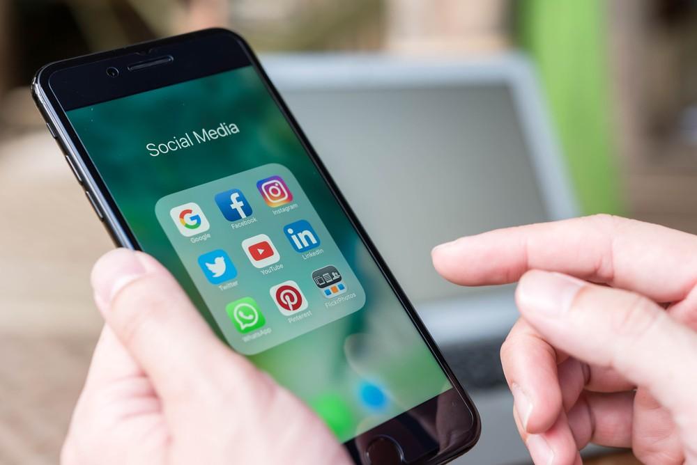 Link your social media